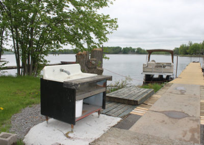 moira-lake-cottages-fish-cleaning-station