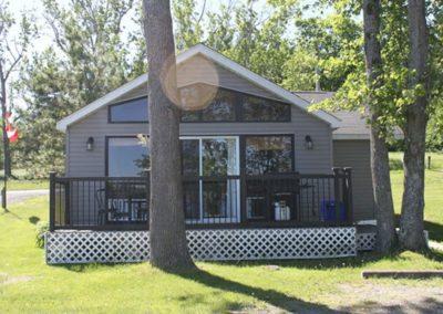 Moira Lake Cottages 3
